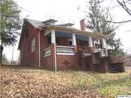 1135 Valley St Scottsville VA, 24590