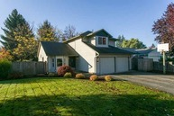 3842 Ne Lincoln St. Hillsboro OR, 97124