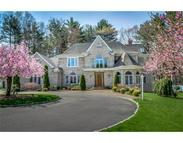 4 Pondview Cir Natick MA, 01760