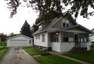 1108 Division St New London WI, 54961