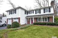 16 Harbor Hills Dr Port Jefferson NY, 11777
