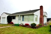 238 Seventh Street Crescent City CA, 95531