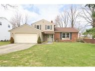 6182 Stafford Dr North Olmsted OH, 44070