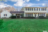 2 Red Oak Rd Saint James NY, 11780
