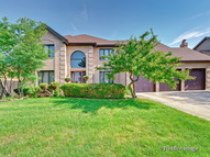 710 West Catalpa Street Addison IL, 60101