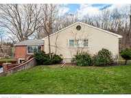 635 Glastonbury Tpke Portland CT, 06480