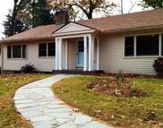 4 Crescent Beach Dr. Enfield CT, 06082
