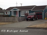 975 Michigan Coos Bay OR, 97420