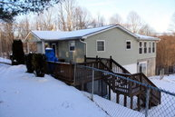 1315 Epperly Rd Princewick WV, 25908