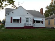 813 6th Ave Two Harbors MN, 55616