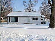 Address Not Disclosed Waterford MI, 48329