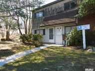 166 North Point Cir #166 Coram NY, 11727