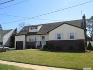 83 N Burling Ln West Islip NY, 11795