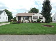 858 Fifth St Struthers OH, 44471