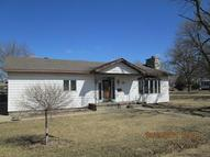 410 South Maple Lenox IA, 50851