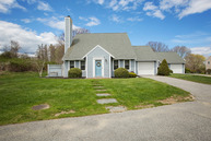 211 Corey Lane Middletown RI, 02842
