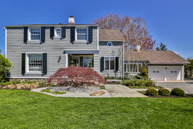 16 Owenoke Park Westport CT, 06880