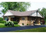 302 S Main St Black Creek WI, 54106