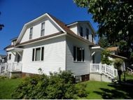 1063 Currie Marinette WI, 54143