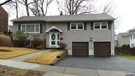 138 Park Dr S New Milford NJ, 07646