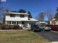 2 Burndale Ct Wheatley Heights NY, 11798