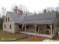 215 Spencer Rd Dingmans Ferry PA, 18328