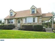 3189 Maple Rd Huntingdon Valley PA, 19006