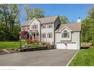 271 Hidden Pond Dr Watertown CT, 06795