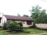 912 Lichtenthal St Riverside NJ, 08075