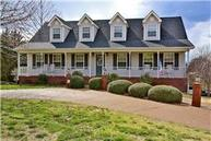 1817 Creekstone Dr Columbia TN, 38401