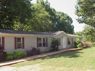 691 Waspnest Road Wellford SC, 29385