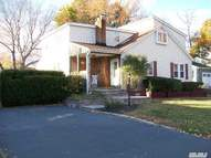 120 Plymouth St West Babylon NY, 11704