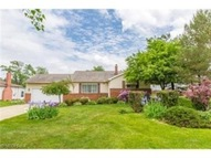 701 Kenbridge Dr Highland Heights OH, 44143