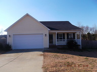 661 Copper Creek Drive Raeford NC, 28376
