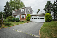 9 Colony Dr Middletown RI, 02842