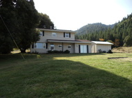 9572 Thompson Creek Rd. Williams OR, 97544