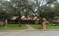 1706 E Valley Lane E Grand Prairie TX, 75050