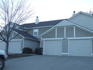 1004 Ne Whispering Winds Ct Lees Summit MO, 64064