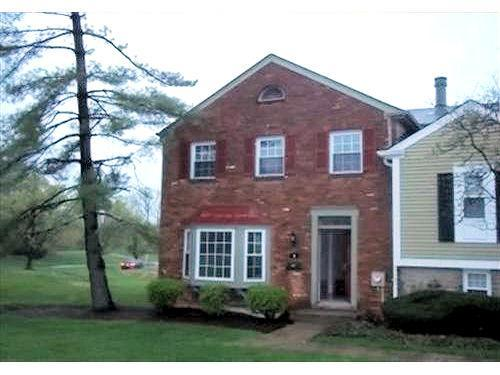 1 Twin Lakes Dr Fairfield OH, 45014