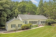 20 Fieldstone Dr Morristown NJ, 07960