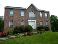 112 Carriage Drive Pittsburgh PA, 15239