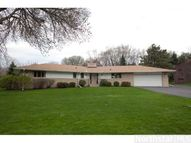 2255 Laurie Road W Roseville MN, 55113