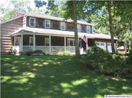8 Wilshire Way Lincroft NJ, 07738