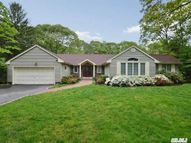21 Thorman Ln Huntington NY, 11743