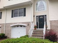2 Sarah Kathryn Way Waldwick NJ, 07463
