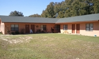 125 N. Davis Lane Unit15 Defuniak Springs FL, 32433