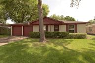 5811 Autumn Forest Dr Houston TX, 77092