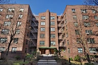 34-41 78th Street - : 5d Jackson Heights NY, 11372