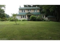 424 Glacierview Dr Youngstown OH, 44509