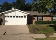 2429 Heathercrest Drive Arlington TX, 76018